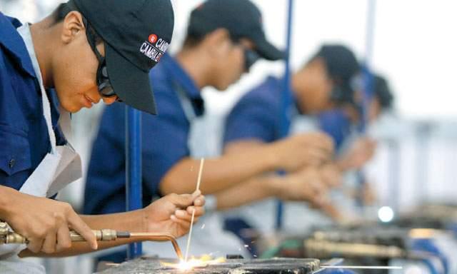 MTPE: más de mil personas recibirán capacitación gratuita para obtener  trabajo   TVPerú