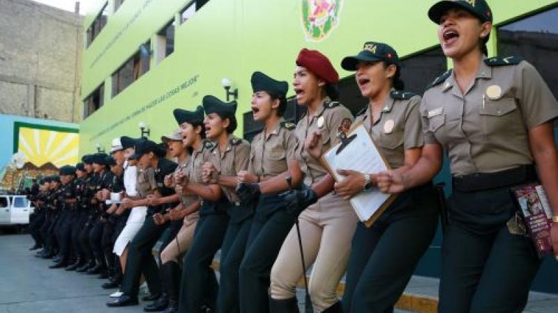 Policia Nacional Del Peru Celebra El Dia De La Mujer Policia Con Un Emotivo Saludo Tvperu Conmemoramos día de san judas tadeo, patrón de n. mujer policia con un emotivo saludo